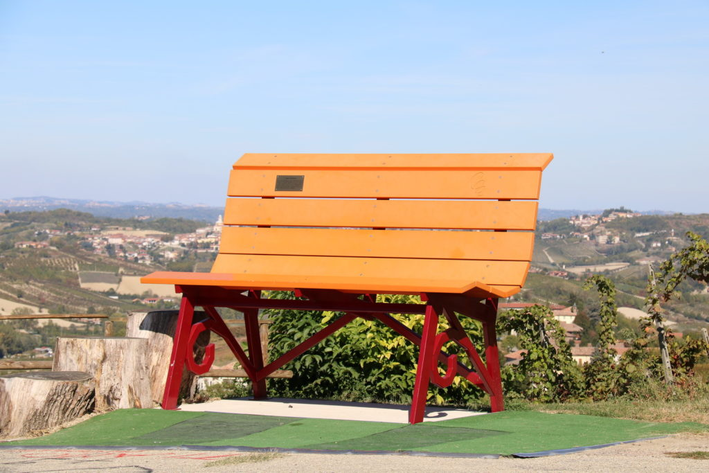 THE BIG BENCH